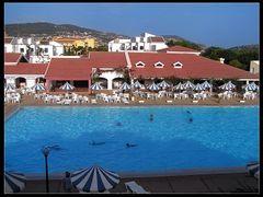 Club Abou Nawas Montazah by <b>Jan Balaz</b> ( a Panoramio image )