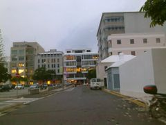 Victoria Street West on a rainy day. by <b>Nokia Bermuda</b> ( a Panoramio image )