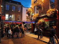 Temple Bar in Dublin by <b>diego_cue</b> ( a Panoramio image )