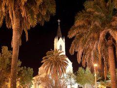 ? Carhue de noche (Iglesia Nuestra Senora de los Desamparados) by <b>GustavoV</b> ( a Panoramio image )