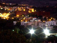 Atardeciendo en la Capital by <b>? ? galloelprimo ? ?</b> ( a Panoramio image )