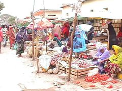 Vegetable sellers city market, Hargeysa. Somaliland by <b>rashid mustafa</b> ( a Panoramio image )