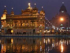 Golden temple of AMRITSAR PB INDIA by <b>naveen  sharma</b> ( a Panoramio image )