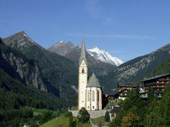Csucsok - Peaks - Spitzen - Grossglockner - Heiligenblut/Austria by <b>Tom Portschy</b> ( a Panoramio image )