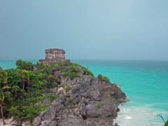 Tulum Archeological Zone by <b>Haggs</b> ( a Panoramio image )