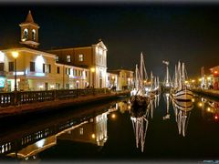 Nativity scene from Cesenatico by <b>.... man_giu....</b> ( a Panoramio image )