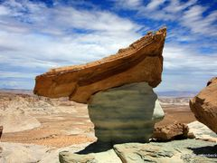 UFO Hoodoo by <b>www.galenbeck.de</b> ( a Panoramio image )