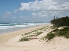Best Beach in the World: The Spit to Surfers Paradise, Gold Coas by <b>Ian Stehbens</b> ( a Panoramio image )