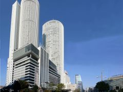 JR Central Towers by <b>Gon Nagoya</b> ( a Panoramio image )