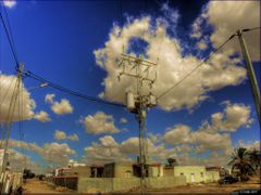 Overhead cable, Uberlandleitung in Tunesien by <b>olafju</b> ( a Panoramio image )