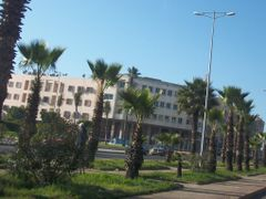 Boulevard Annakhil by <b>Mhamed Zarkouane</b> ( a Panoramio image )