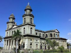 Nha tho thanh James, Managua, Nicaragua, trung My by <b>cuongbv</b> ( a Panoramio image )