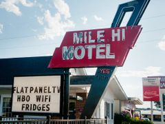 Mile Hi Motel by <b>Gerald C. Vogel</b> ( a Panoramio image )