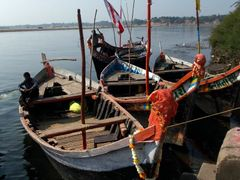 Boats on Narmada River by <b>Manoo G</b> ( a Panoramio image )