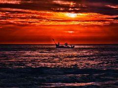 Iluminando os Pescadores by <b>Eliton Sloma</b> ( a Panoramio image )