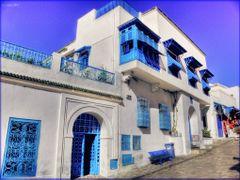 Sidi Bou Said - die blauweisse Stadt by <b>olafju</b> ( a Panoramio image )