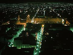 Downtown Mexico City - Night view by <b>Enzo Molino</b> ( a Panoramio image )