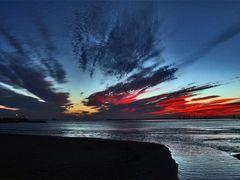Poco antes de amanecer,,,, by <b>jose vazquezjosedemelilla</b> ( a Panoramio image )