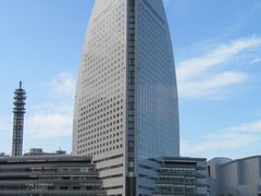 edificio de um hotel by <b>aldatamamaru</b> ( a Panoramio image )