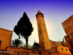 Minaret of Mosque of Omar viewed from the Church of the Holy Sep by <b>Silverhead</b> ( a Panoramio image )