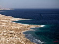 Marea Moarta - 400m sub nivelul marii by <b>cristal1995</b> ( a Panoramio image )