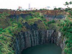 The Big Hole Kimberley Mine_Kimberley SA. ©PhilRHamar  by <b>Phil R Hamar</b> ( a Panoramio image )