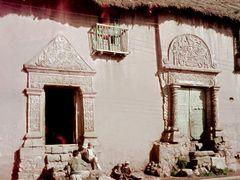 Bolivia, fachada colonial by <b>laura milani</b> ( a Panoramio image )