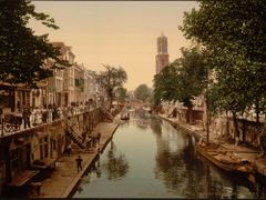 The Oude Gracht Hamburgerbrug, Utrecht, Holland by <b>Erik van den Ham</b> ( a Panoramio image )