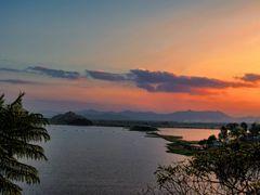 EVENING SKY AT LOKTAK LAKE by <b>Devendra_Hijam</b> ( a Panoramio image )