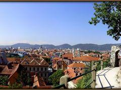 Osterreich Panoramafotos . . .  Graz panorama by <b>©  Imre Lakat</b> ( a Panoramio image )