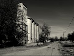 Shaw, Mississippi - Downtown..................., just listen to  by <b>Tomros</b> ( a Panoramio image )