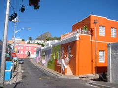 Cape Town, Bo-Kaap by <b>© Wim</b> ( a Panoramio image )