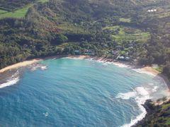 Hanalei Bay, Kauai by <b>BobbyV</b> ( a Panoramio image )