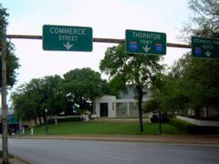 "The ""Grassy Knoll"" !   Dealey Plaza...the most visited place in  by <b>tillieannie</b> ( a Panoramio image )"