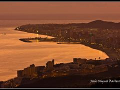 * Entre Dos Luces by <b>Jesus Miguel Balleros</b> ( a Panoramio image )