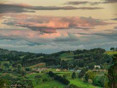 Llano Bonito, Naranjo, Costa Rica--Al fondo el volcan Irazu by <b>Melsen Felipe</b> ( a Panoramio image )