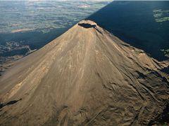 Volcan de Izalco by <b>Walter Viana</b> ( a Panoramio image )