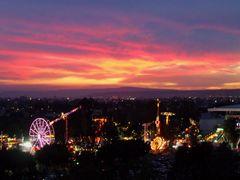 Atardecer en La Feria de Leon by <b>? ? galloelprimo ? ?</b> ( a Panoramio image )
