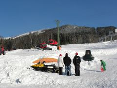 DOLNI MORAVA - 2012 - lanovka, lyzarske sjezdovky / lift, ski sl by <b>votoja - CZ</b> ( a Panoramio image )