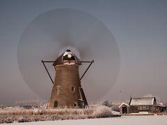 Windmill, Kinderdijk by <b>© BraCom (Bram)</b> ( a Panoramio image )