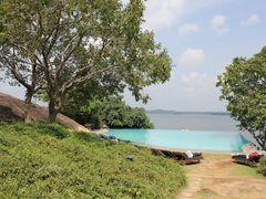 Infinity pool @ Heritance Kandalama by <b>Dr.Azzouqa</b> ( a Panoramio image )