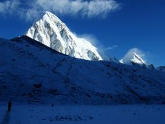 Everest Trek-27-Mt. Pumori by <b>imagine.asia</b> ( a Panoramio image )
