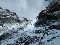 Everest Trek-42-Cho La Pass by <b>imagine.asia</b> ( a Panoramio image )