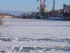 Hamnen by <b>idja</b> ( a Panoramio image )