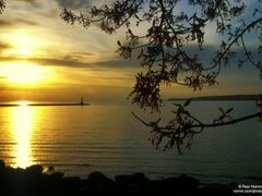 Petoskey Sunset by <b>Rein Nomm</b> ( a Panoramio image )