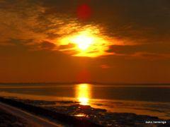 sunset  by <b>Auko Mensinga</b> ( a Panoramio image )