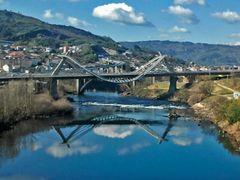 : Puente del Milenio by <b>Lazariparcero</b> ( a Panoramio image )