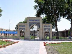 The Jami Mosque in Kokand, Uzbekistan. by <b>Nicola e Pina Uzbekistan 2011</b> ( a Panoramio image )