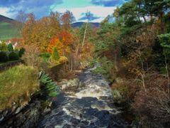 Clunie Water Braemar, Aberdeenshire Scotland. by <b>Richard Gregory 48</b> ( a Panoramio image )