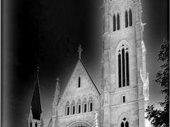 Osterreich Panoramafotos . . .  Herz Jesu - Kirche . B&W by <b>©  Imre Lakat</b> ( a Panoramio image )